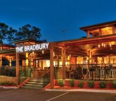 Bradbury Inn, Bradbury. NSW