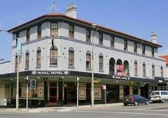 Royal Hotel, Bondi. NSW