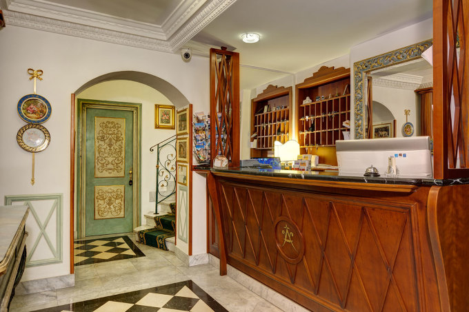 Gallery Amalfi 1