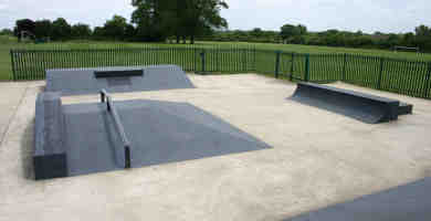 Photo of Pole Hill, Uxbridge Skatepark