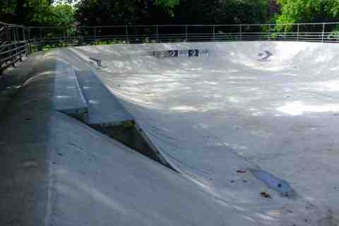 Photo of Kennington Bowl Skatepark