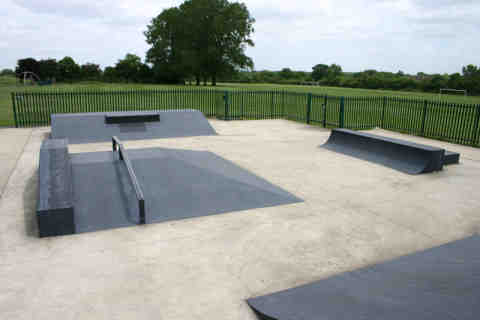 Photo of Pole Hill, Uxbridge Skatepark