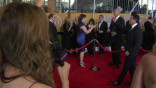 glamour_You-ll-Never-Guess-What-We-Got-the-Cast-of-The-Office-to-Do-at-the-SAG-Awards-Red-Carpet-