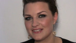 glamour_YouTube-Beauty-School--Want-to-Steal-Mila-Kunis--Glam-Eye-Makeup-Look--YouTube-Beauty-Expert-Pixiwoo-Shows-You-How-