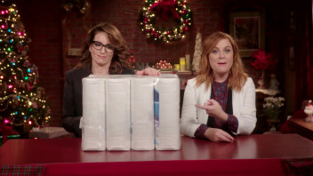 Glamour Cover Shoots - Genius Gift Ideas With Tina Fey and Amy Poehler: Gifts You Really Want