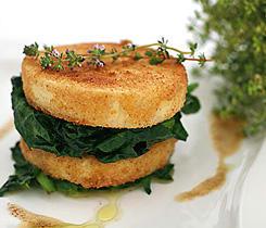 Rotselleritartelette med spenat (vegetarisk)
