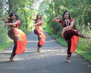 AATMA Performing Arts #<DanceType:0x005570c984db88> Bollywood