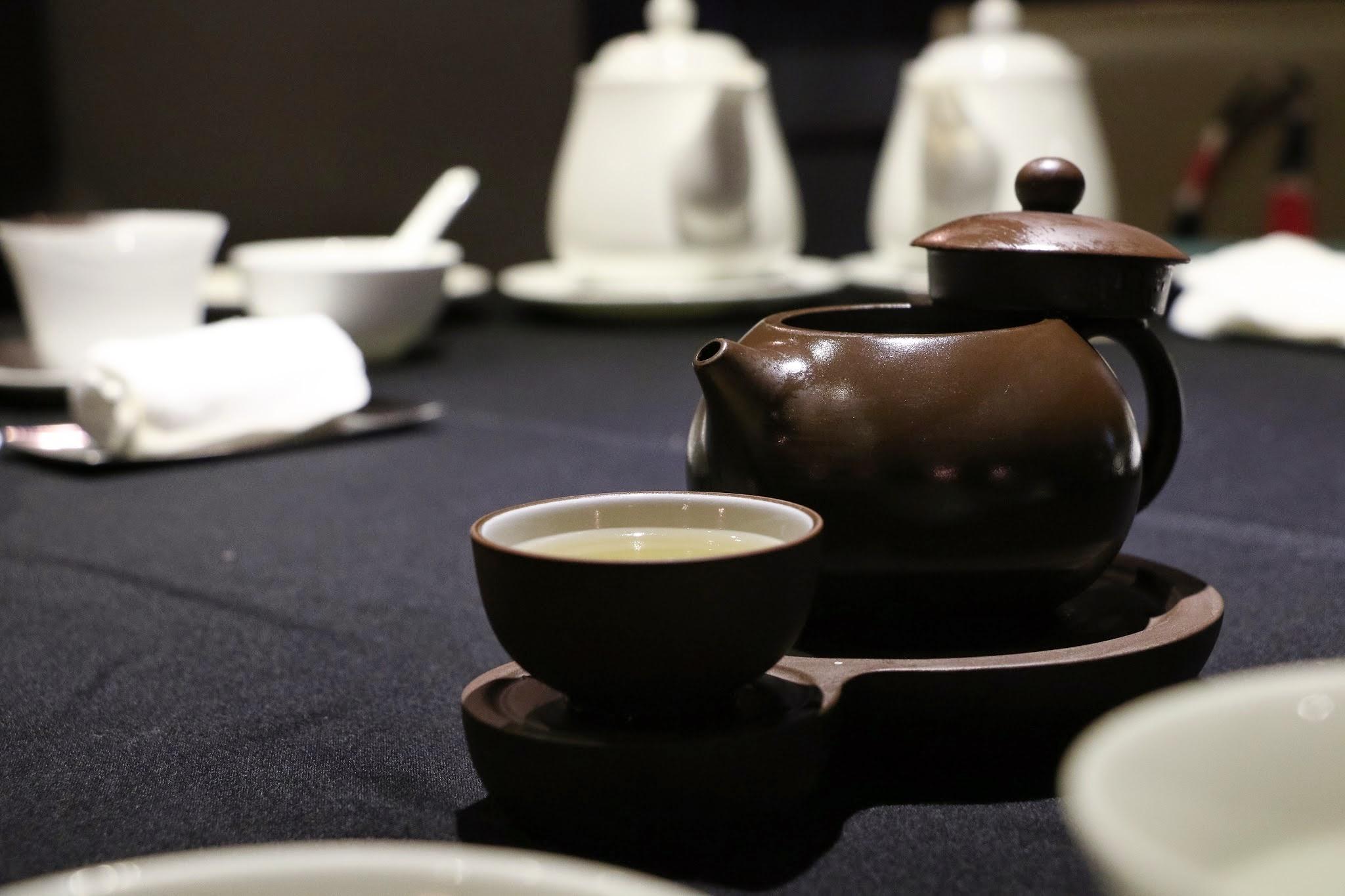 Shanghai Lo, Crab Kitchen, Crab Soup Teapot
