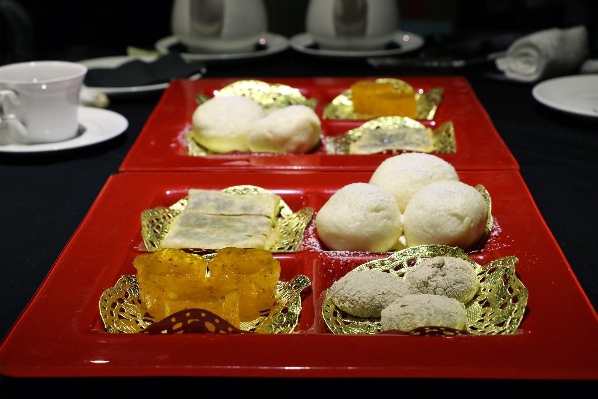 Shanghai Lo, Crab Kitchen, Dessert Platter, Sesame dumpling, osmanthus pudding, red bean pastry