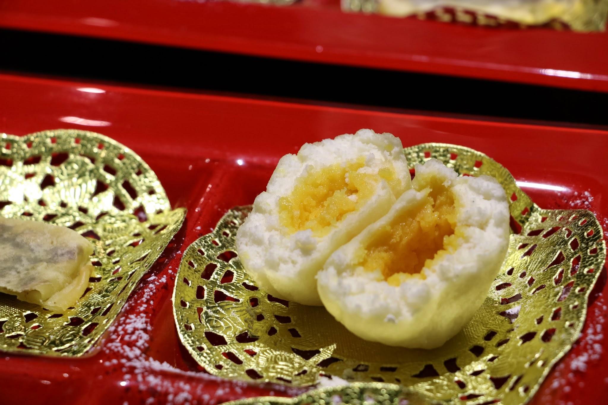 Shanghai Lo, Crab Kitchen, egg white balls with custard