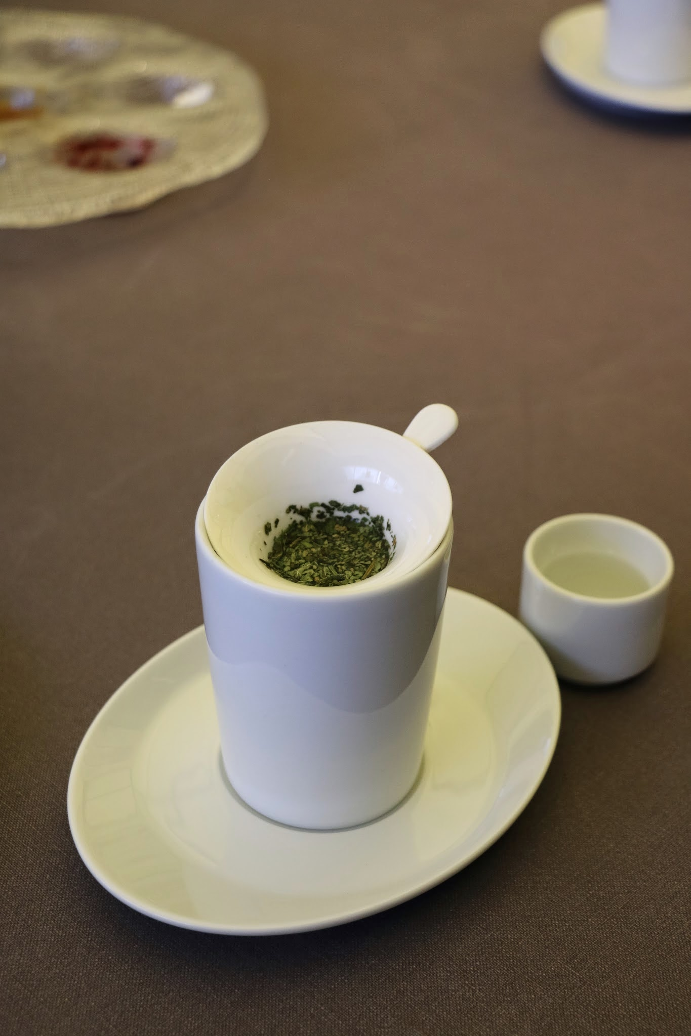 Jung Sik Dang, Korea, Petit Fours, Mint Tea