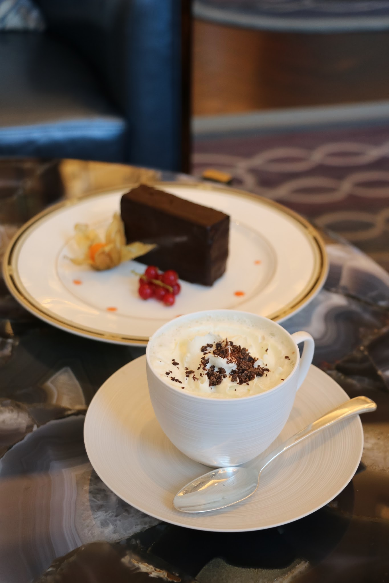 The Ritz Carlton Bar & Lounge, Chocolate Cake, Chocolate Drink, Macau, Galaxy Macau, Valrhona Hot Chocolate