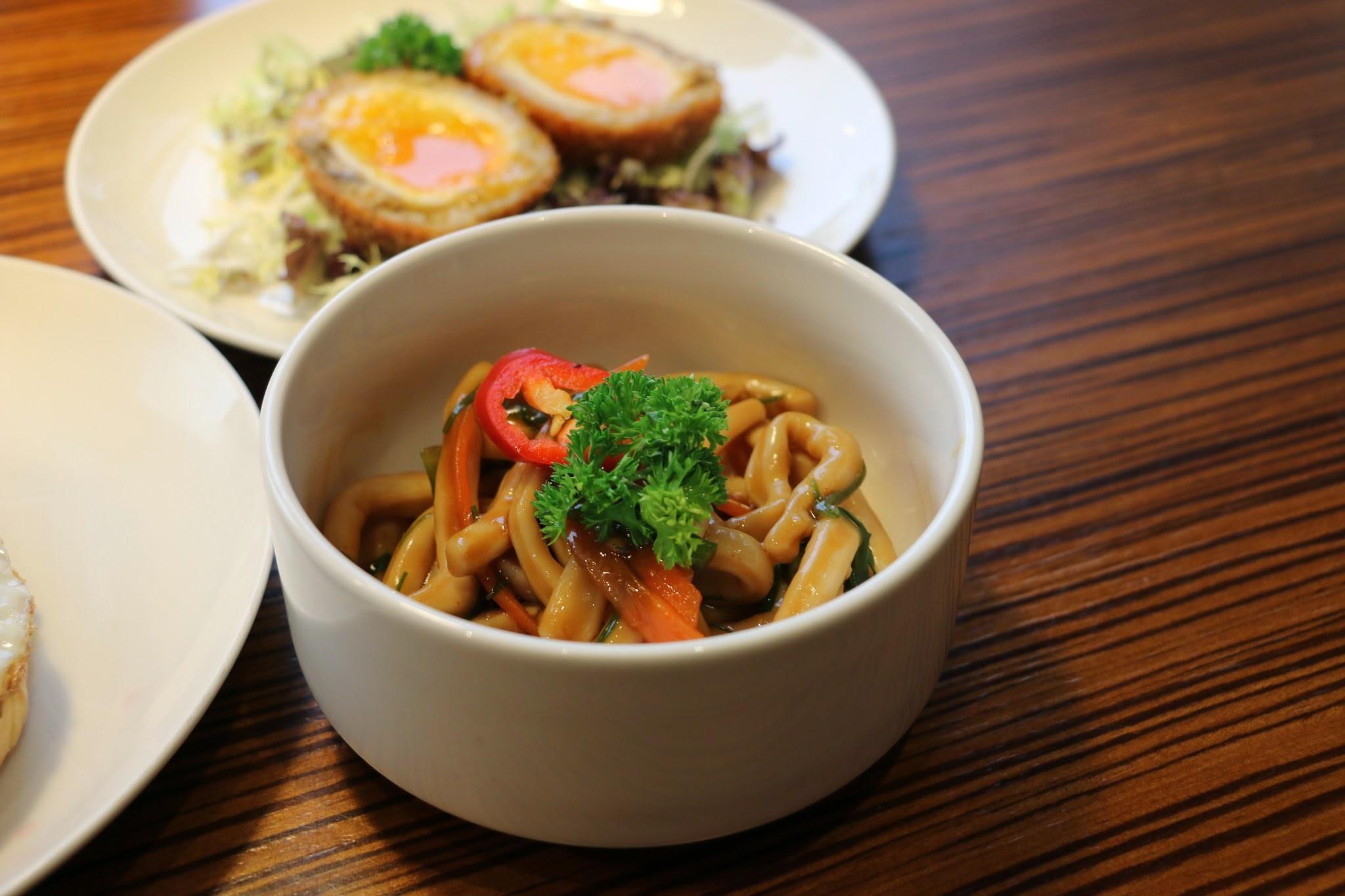 家香魷魚麵
