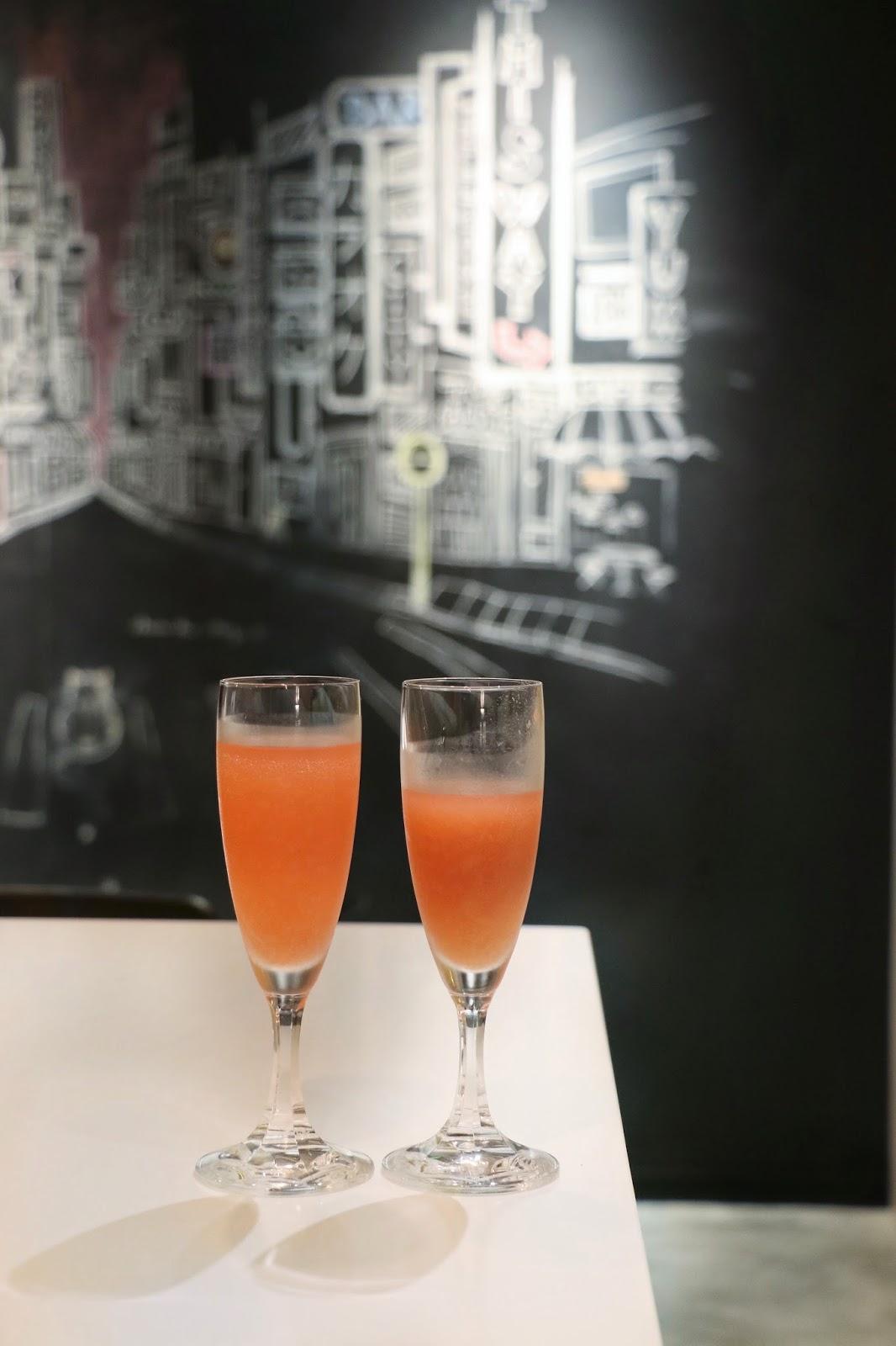 ZUC.CCH.ERO HK, Berllini cocktail