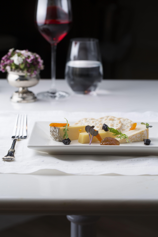Maison Antoni Cheese Platter, Maison ES