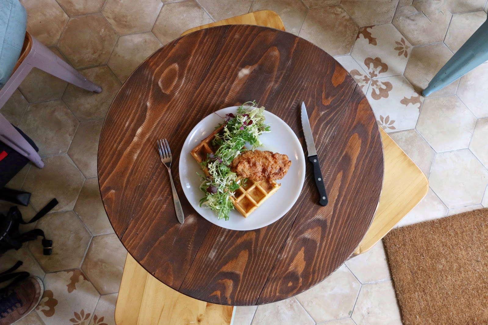 Artisan Garden Cafe, Sai Ying Pun, Buttermilk Fried Chicken Waffle