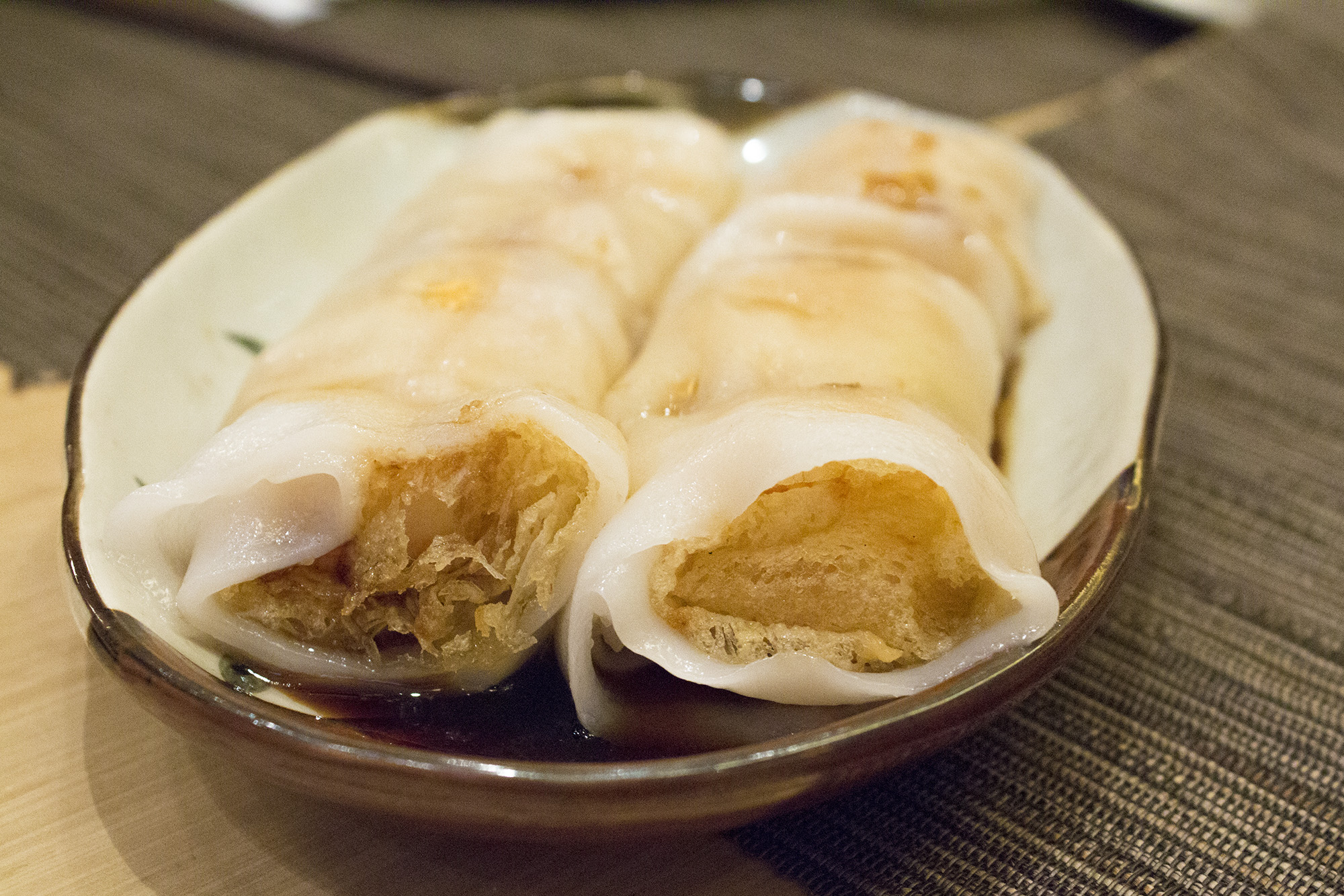 Steamed Rice Flours Rolls with Crispy Rice Nest and Seafood