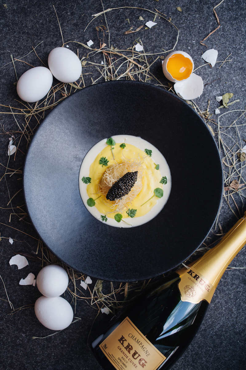 Image: Crispy Kadaif Soft Boiled Egg, Hollandaise Emulsion & Caviar