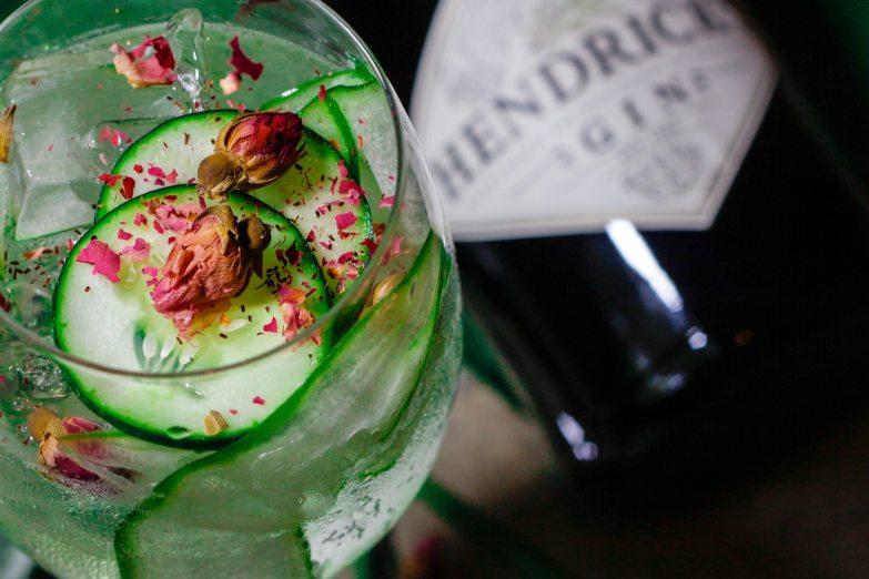 Pistachio Fizz gin cocktail