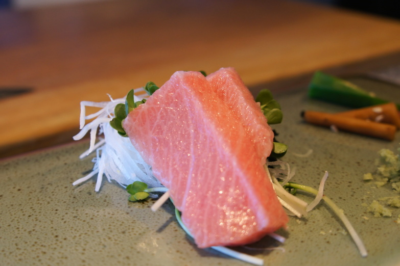 Tuna loin sashimi