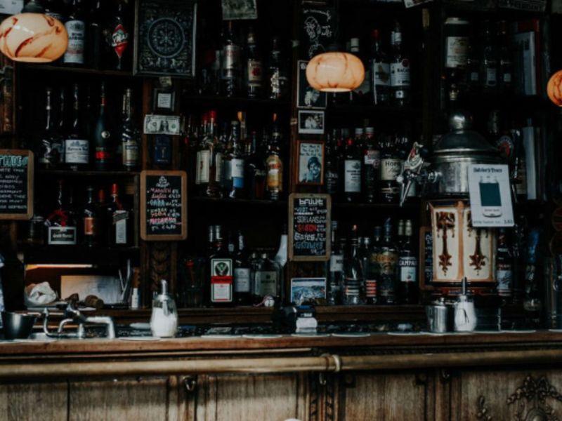 Niche Bar / Lounges