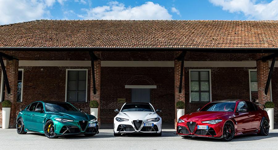 Alfa Romeo Giulia GTA and GTAm