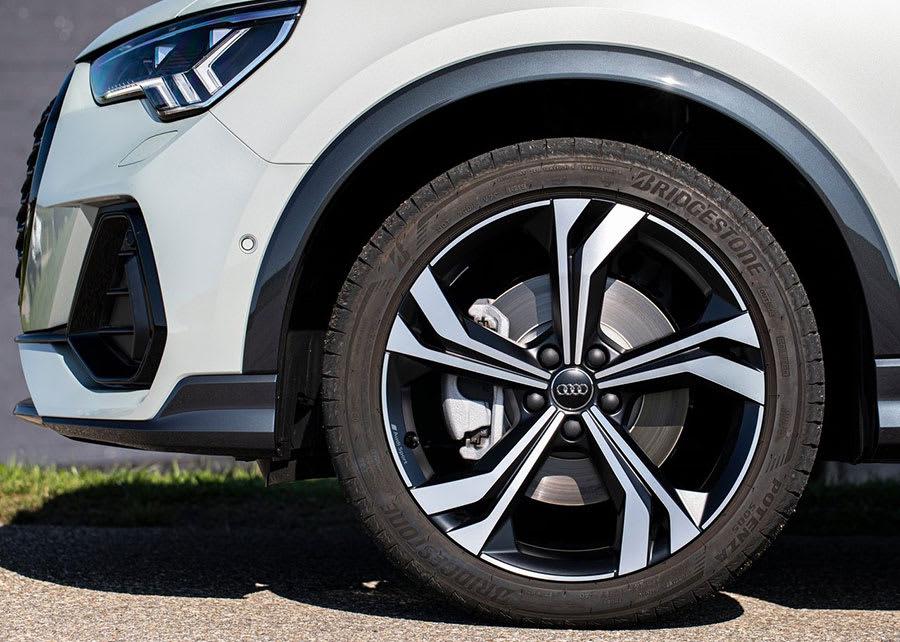 Audi Q3 Sportback  wheels