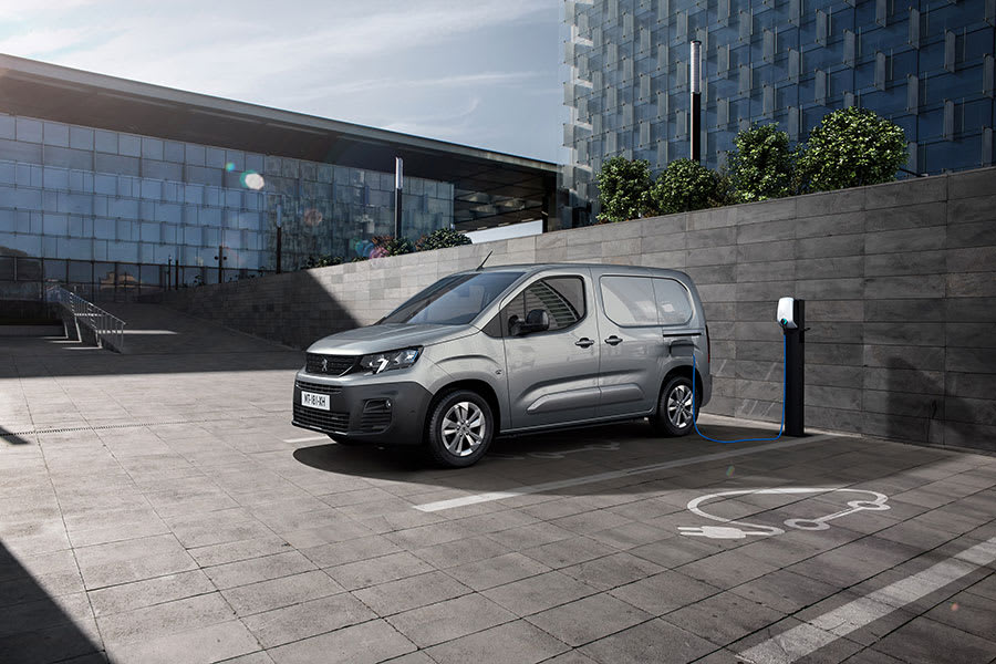 Peugeot-e-Partner-and-Citroen-e-Berlingo-1