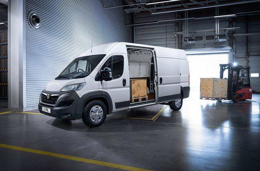 New Vauxhall Movano-e 2