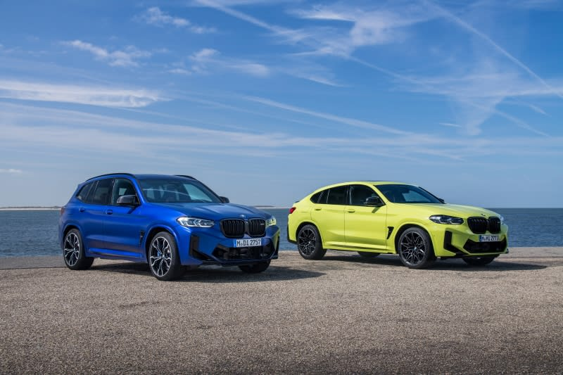 BMW X4 M and X3 M side by side