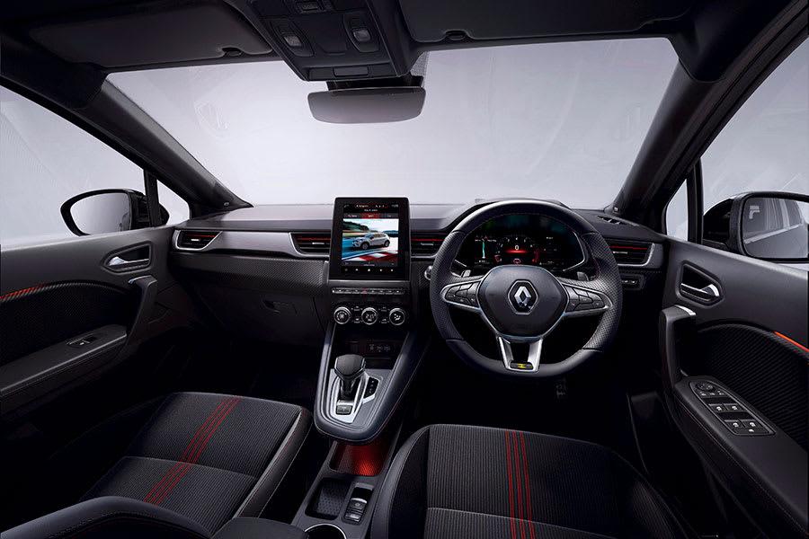 Captur E-Tech Hybrid interior