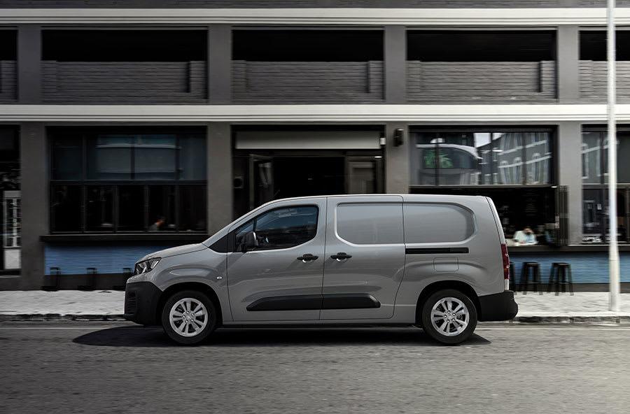 Peugeot-e-Partner-and-Citroen-e-Berlingo-4