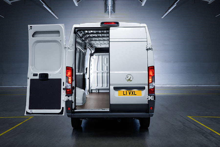 New Vauxhall Movano-e 1
