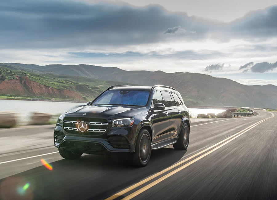 Mercedes-Benz GLS performance and drive