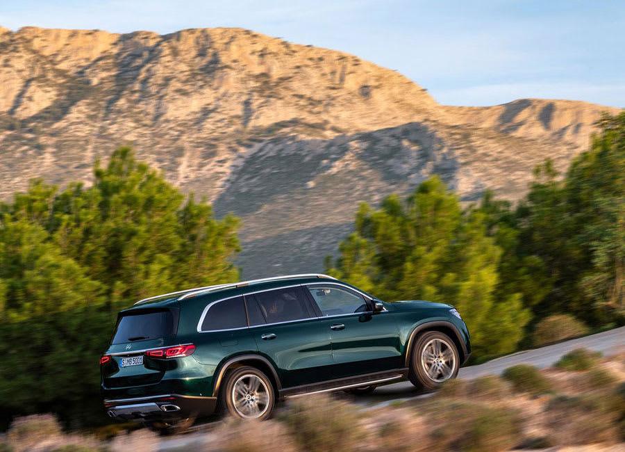 Mercedes-Benz GLS performance