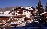 Hotel Schneeberger, Niederau, Austria