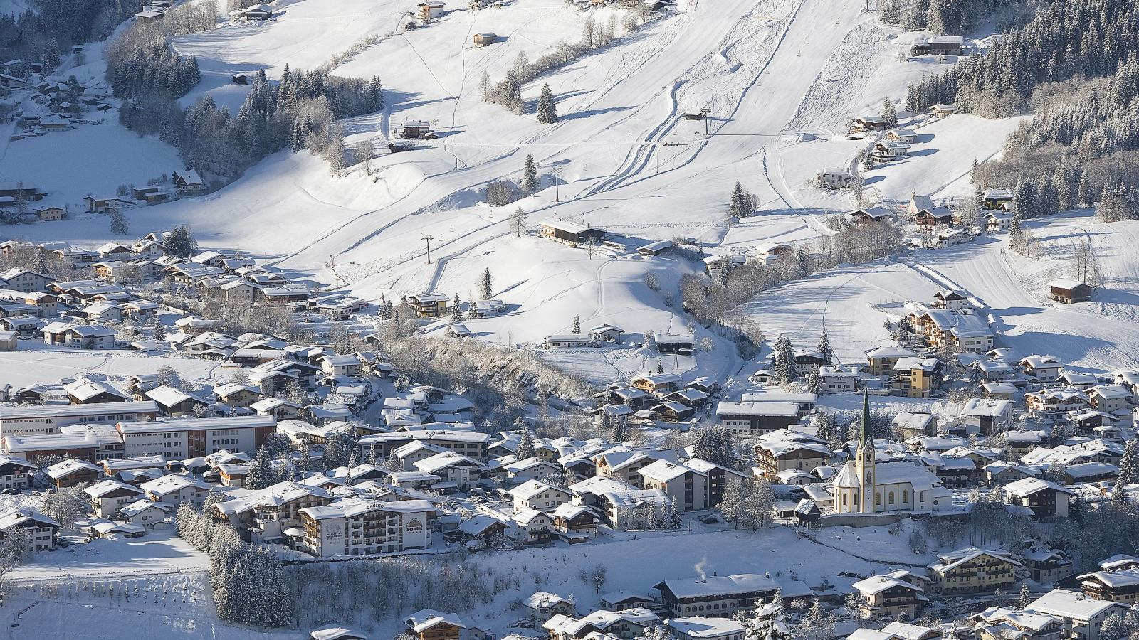 Kirchberg in Tirol Austria  city pictures gallery : kam 001627 view down to kirchberg in tirol fotograf kurt tropper