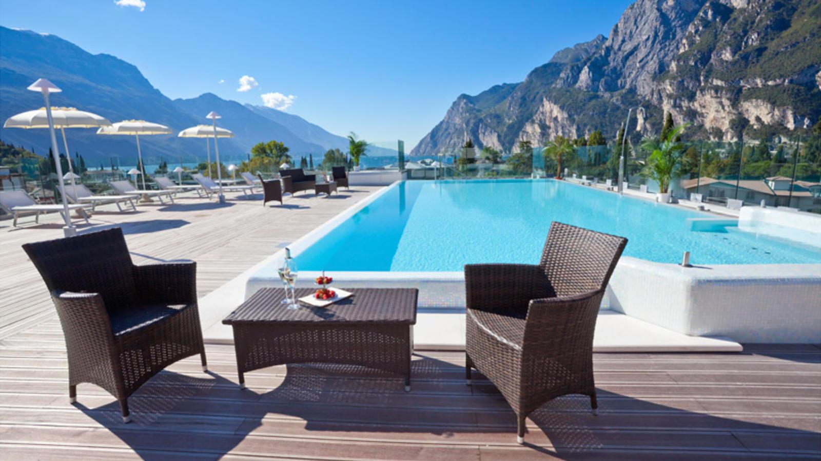 Hotel Kristal Palace Lake Garda