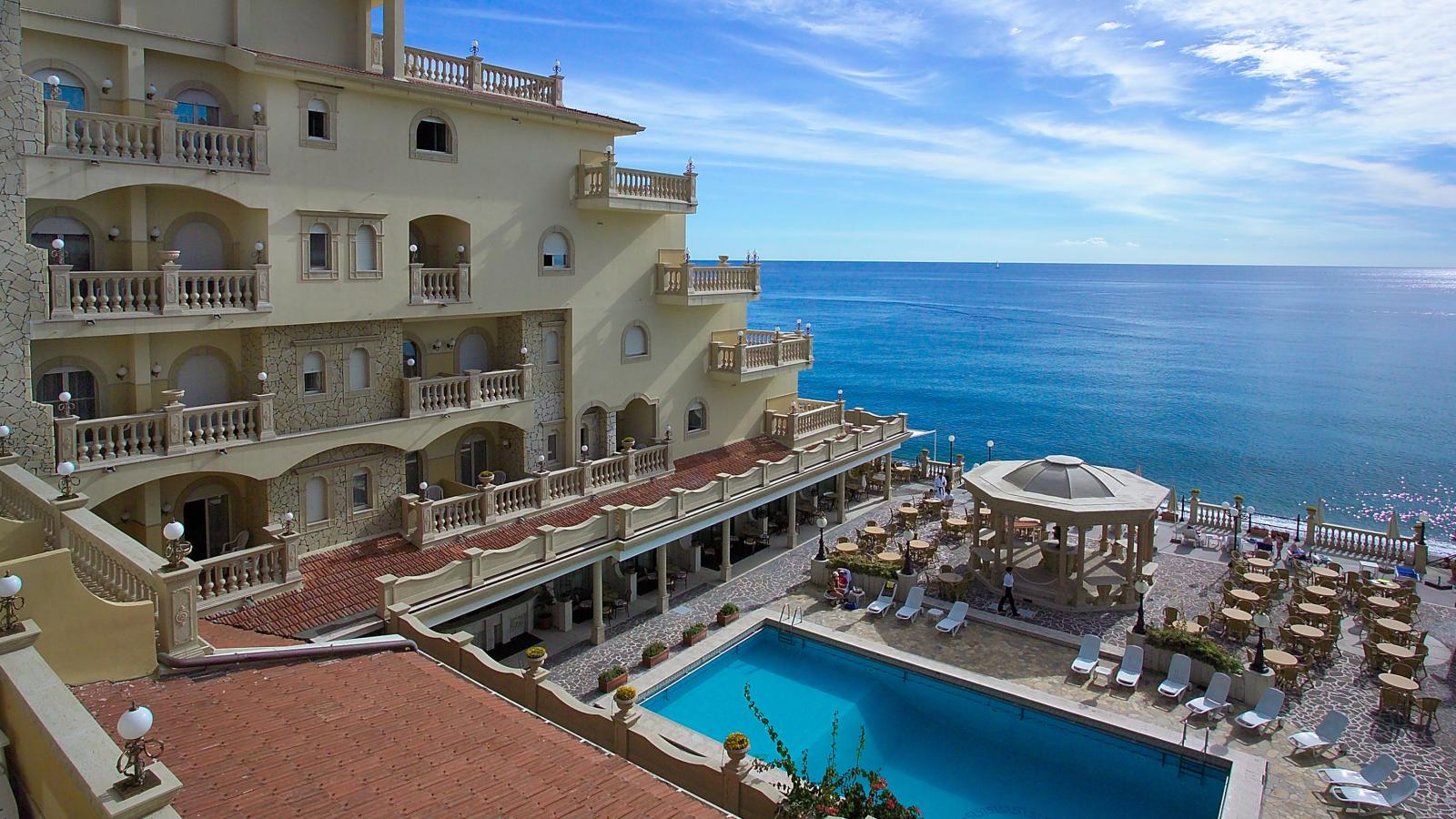 4 hellenia yachting hotel giardini naxos sicily topflight - Hotel ai giardini naxos ...