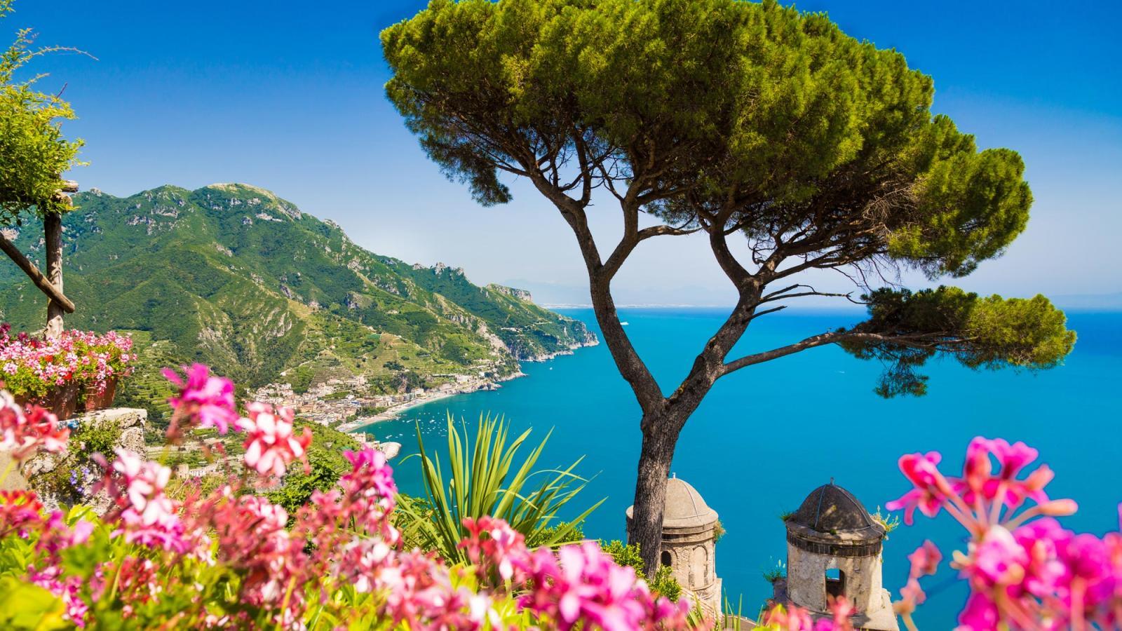 sorrento the amalfi coast holidays 2017 topflight. Black Bedroom Furniture Sets. Home Design Ideas