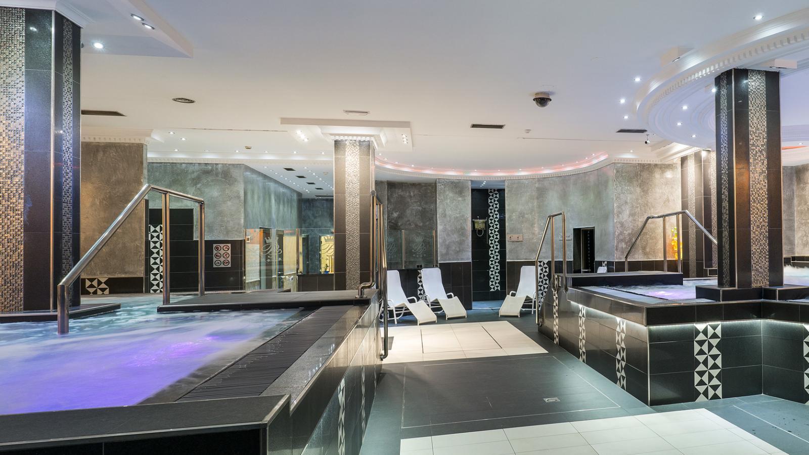 hotel diana parc arinsal pal andorra ski holidays from. Black Bedroom Furniture Sets. Home Design Ideas