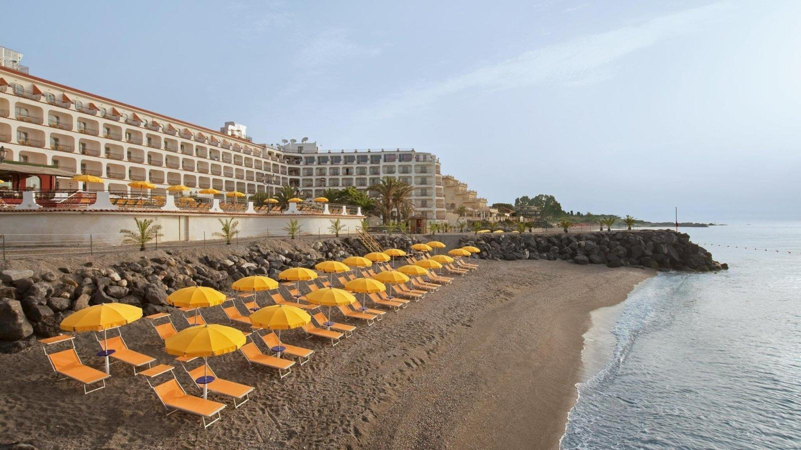 Hotel hilton giardini naxos sicily holidays - Hotel ai giardini naxos ...