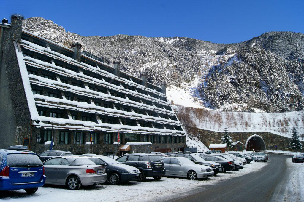 Arinsal Andorra  city pictures gallery : Ski Andorra Arinsal & Pal Hotel Patagonia Ski Holidays 2015 2016