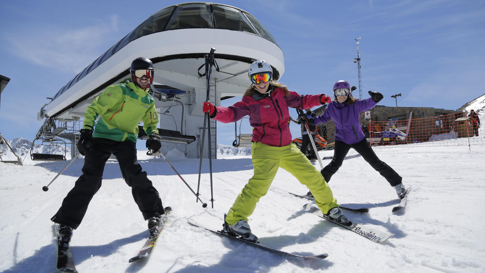 ski andorra 2015 andorra ski holidays skiing andorra. Black Bedroom Furniture Sets. Home Design Ideas