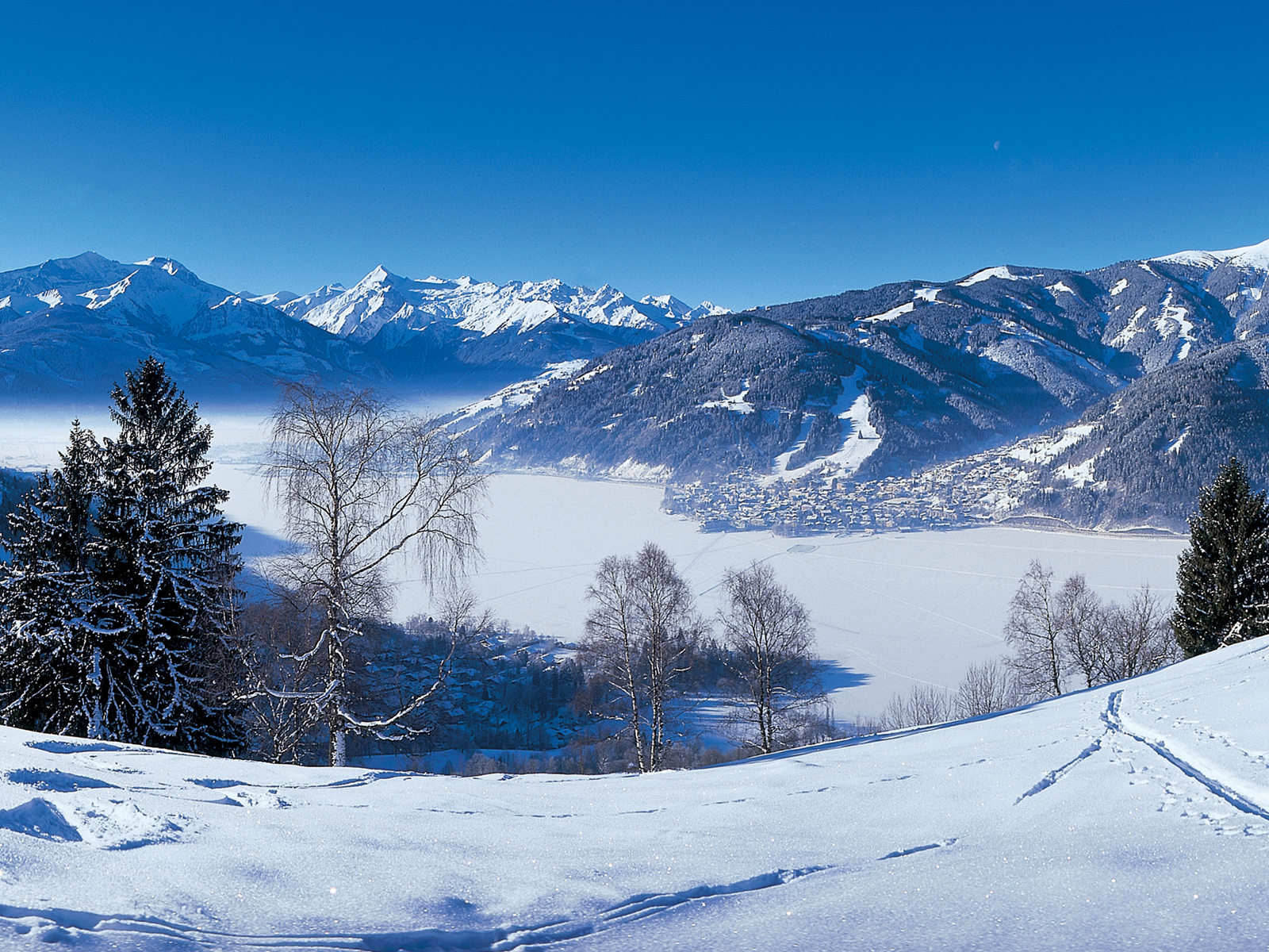 i am in winter holiday and Winter holidays in zell am see-kaprun: book your room for a winter holiday in kaprun at the kaprunerhof hotel.