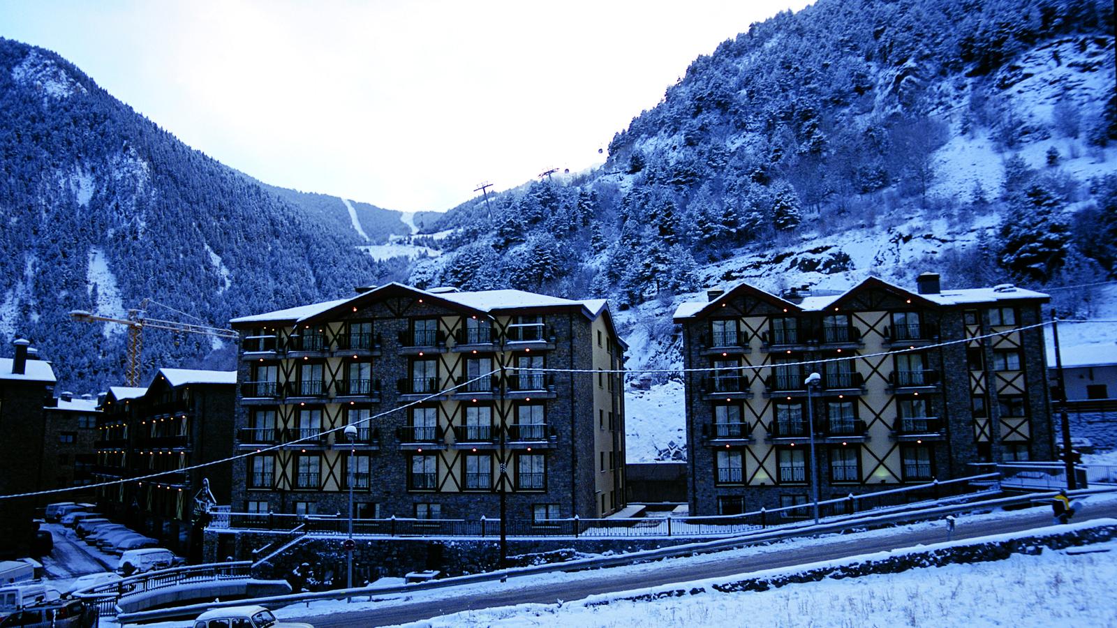 Arinsal Andorra  City pictures : Ski Andorra Arinsal & Pal Hotel Princesa Parc Ski Holidays 2013 ...