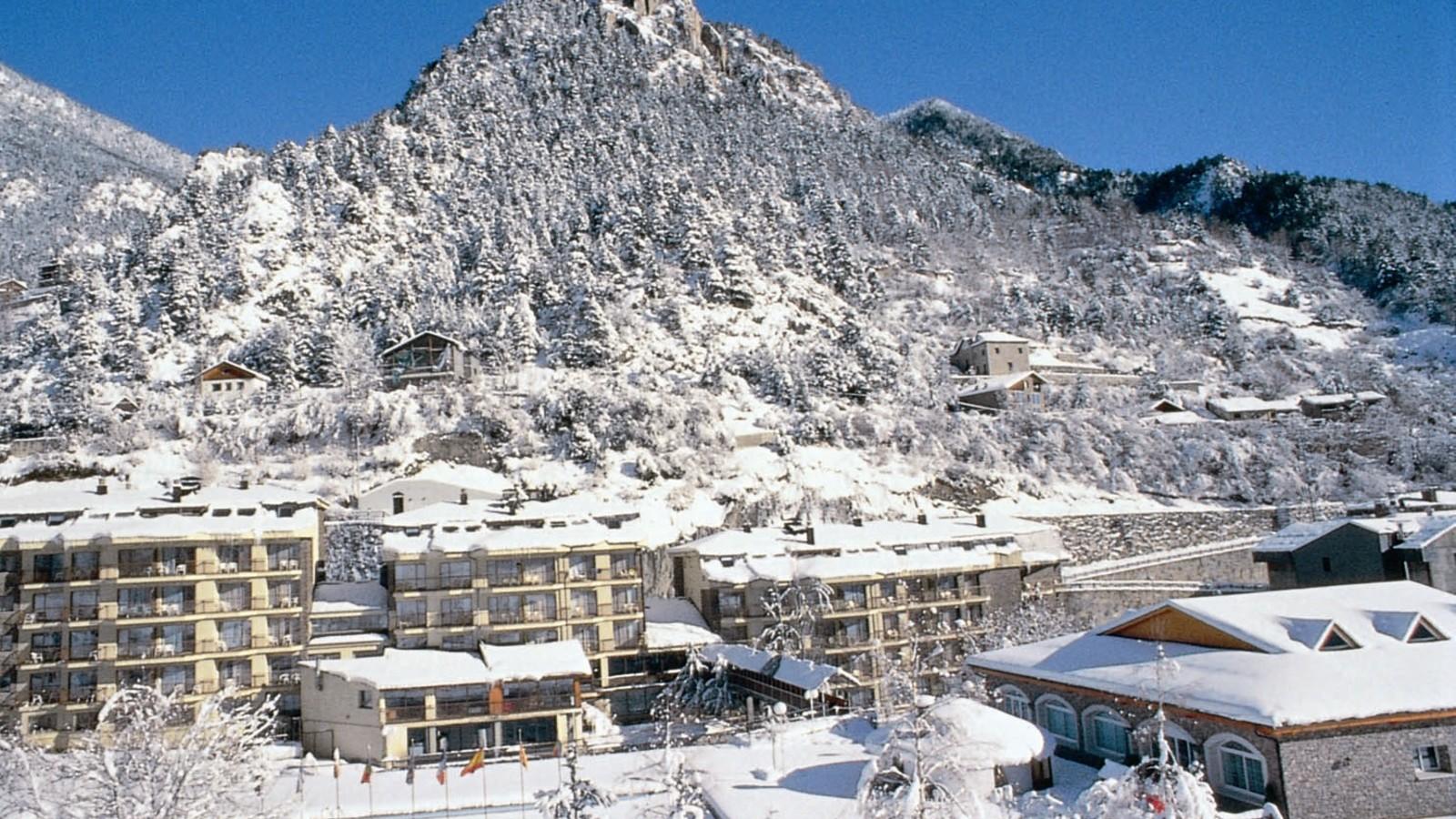 Ski Andorra Arinsal Amp Pal Hotel Sant Gothard Ski