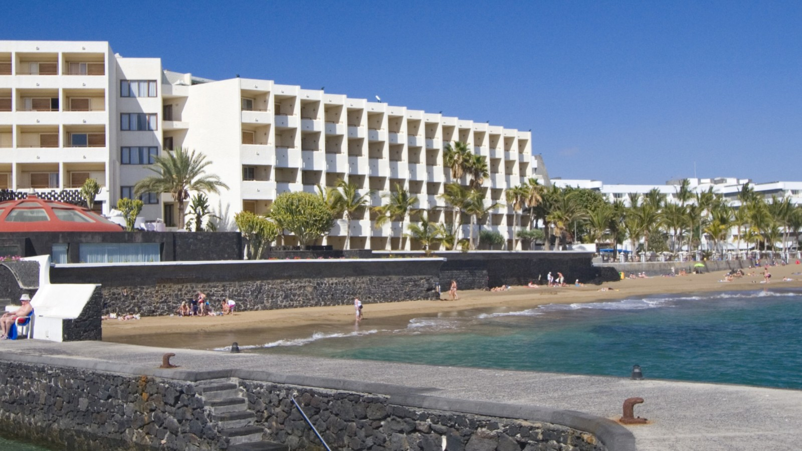 Previous next for Tropical hotel ostuni