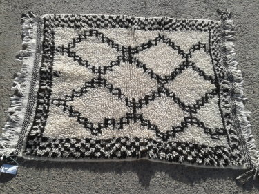 White, Black Wool and Cotton Warp Pile Rug