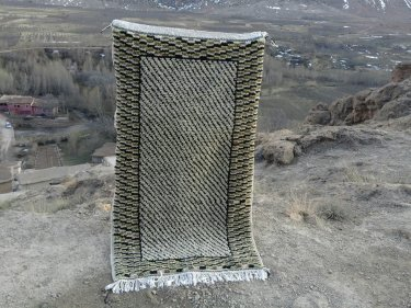 Colored Wool and Cotton Warp Beni Ourain